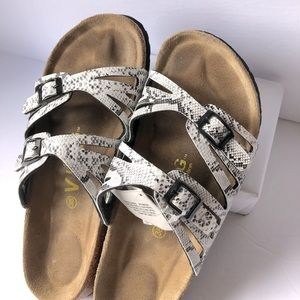 VIKING Birks B&W snack print sandals orthopedic